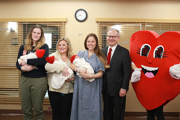 Nashville's Mayor Briley Delivers Red Hats To Newborns At Saint Thomas Midtown On National Wear Red Day