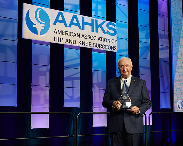 Michael Christie, MD, Receives 2020 AAHKS Humanitarian Award
